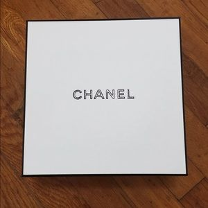 New & Authentic CHANEL gift box
